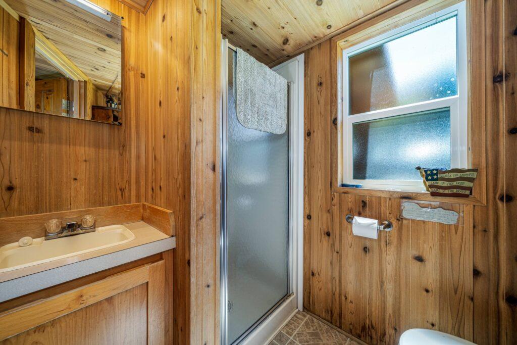 Bathroom (2500)